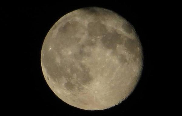 Emma's Moon