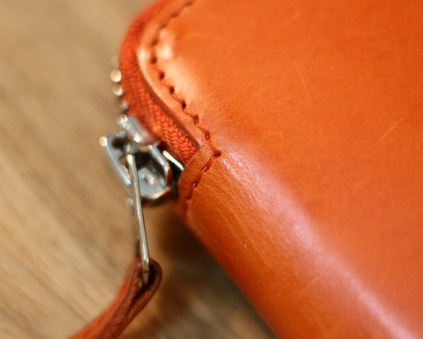 leather-sitching-closeup